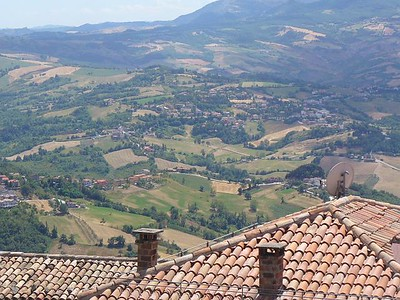 010_San_Marino_Republic_The_Apennins_and_the_Countryside