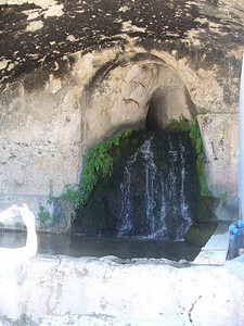 0202_Sicily_Siracusa_Spring_water