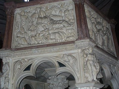 0819_Baptistery_Pulpit_Gothic_by_Pisano_Evoque_the_Christ_Life