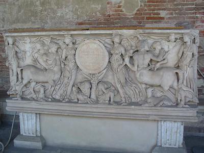 0803_Tuscany_Pisa_Camposanto_Tomb
