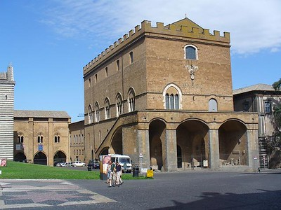 0528_Umbria_Orvieto_The_Papal_Palace