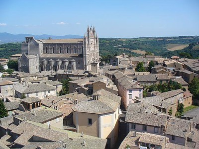 0533_Umbria_Orvieto_The_Cathedral_As_Seen_from_a_Campanile