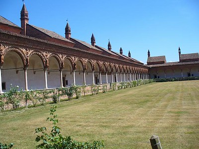 0761_Certosa_di_Pavia_The_Cloister_and_the_Monk_cell