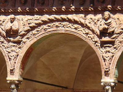 0763_Certosa_di_Pavia_The_Cloister