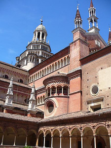 0760_Certosa_di_Pavia_The_Cloister