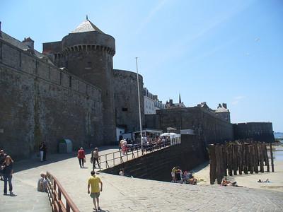 15_Saint_Malo_Les_remparts_12s