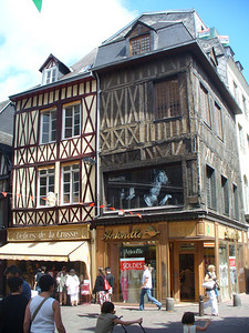 036_Rouen_Batiments_a_pans_de_bois