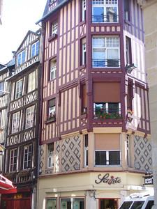 035_Rouen_Batiments_a_pans_de_bois