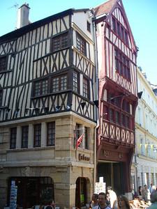 032_Rouen_Batiments_a_pans_de_bois