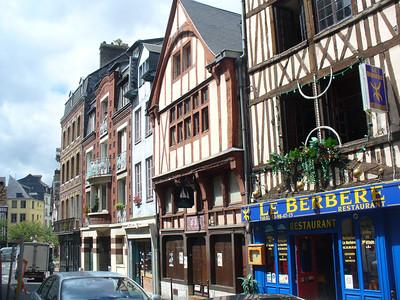 038_Rouen_Batiments_a_pans_de_bois