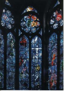 34_Reims_La_Cathedrale_Notre_Dame_Vitraux_de_Chagall_1974