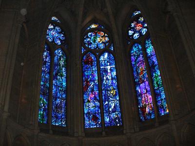 35_Reims_La_Cathedrale_Notre_Dame_Vitraux_de_Chagall_1974