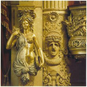024_Palais_Garnier_Salle_de_spectacle_Detail_des_colonnes