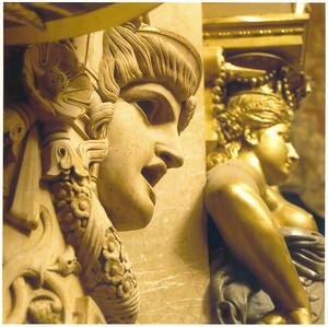 025_Palais_Garnier_Salle_de_spectacle_Ornement_sculpte_et_dore