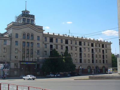 04_Chisinau_Piata_Libertatii_Hotel_Chisinau