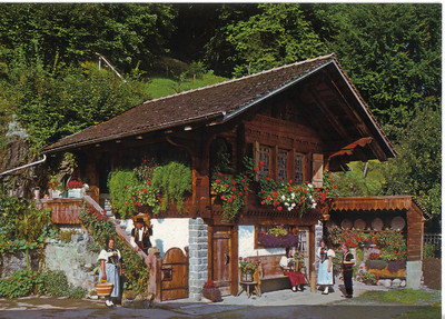 009_Berner_Oberland_Typical_House