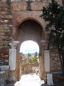 014_Alcazaba  Exit to the Haza de la Alcazaba  Roman columns