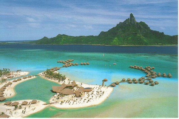 14_Bora_Bora_Le_Meridien_Hotels_and_Resorts