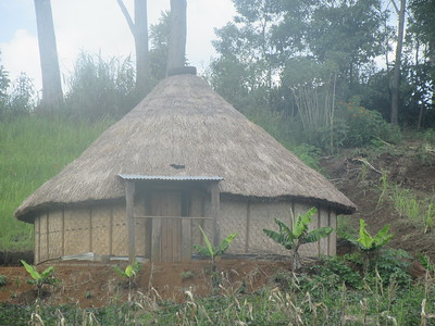 384_Kingalri Village  Melpa tribe  Village Study  Round house  To preserve heat  Night at 15C