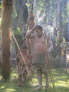339_Koglni Village  Melpa (local tribe) Haus Krai (child funeral)