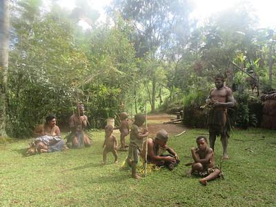351_Koglni Village  Melpa (local tribe) Haus Krai (child funeral)  Exhibing the Kuna (shell)