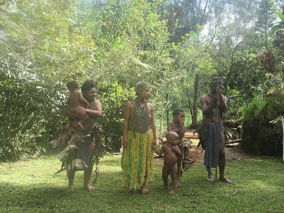 335_Koglni Village  Melpa (local tribe) Haus Krai (child funeral)