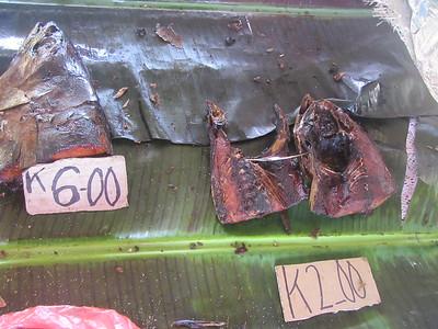 137_Madang  Town Market  Head of a Yellow Finn Tuna  6 Kunas ($2 40CND)
