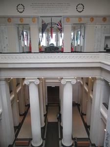 030_Auckland Museum  Ionic Column
