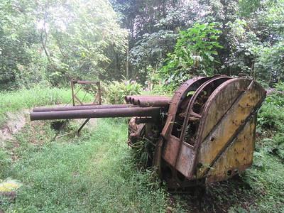 039_Pohnpei  Sokehs Peninsula and Sokehs Rock  Anti-Aircraft Battery