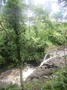 024_Pohnpei  Lududuhniap Waterfall