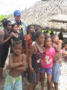 033_Tarawa Atoll  North Tarawa  Rootin Community (traditional village)