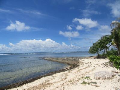 034_Tarawa Atoll  North Tarawa  Rootin Community (traditional village)