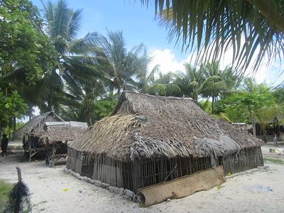 038_Tarawa Atoll  North Tarawa  Rootin Community (traditional village)