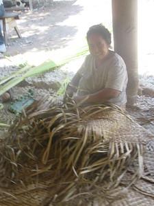028_Tarawa Atoll  North Tarawa  Rootin Community (traditional village)