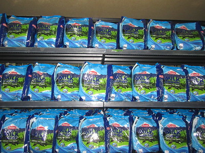 026_Nauru  Mostly Imported Canned and Frozen Food  Limited Selection  Expensive  Milk Powder