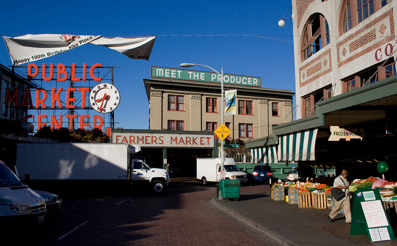 """Pike Place Market<br />  <a href=""""http://www.pikeplacemarket.org/"""">http://www.pikeplacemarket.org/</a>"""