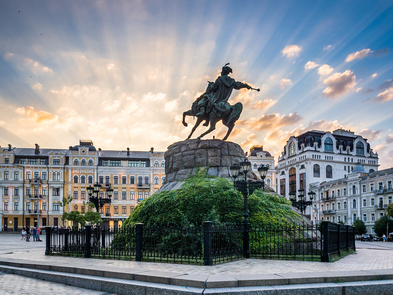 Sunset and the Statue, Kiev, Ukraine