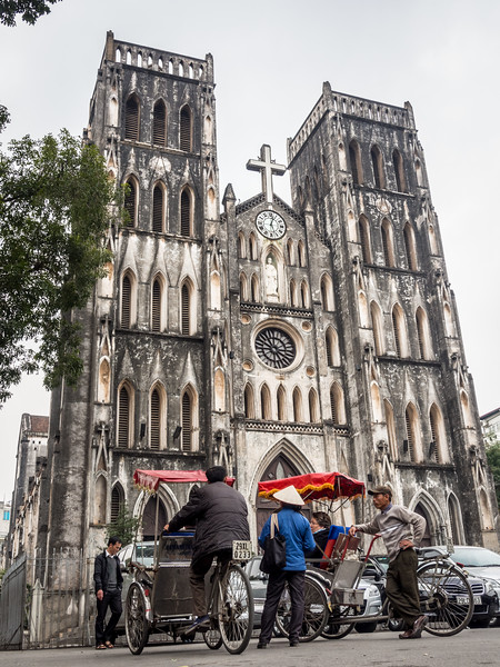 Outside the Hanoi Cathedral