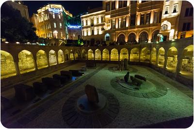 market Square/ Колоннада со стрельчатыми арками/ Торгово-рыночная площадь