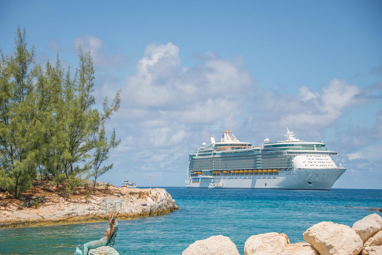 Freedom of the Seas Cruise Ship/ Royal Caribbean