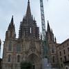 Catedral de Barcelona, complete w/crane