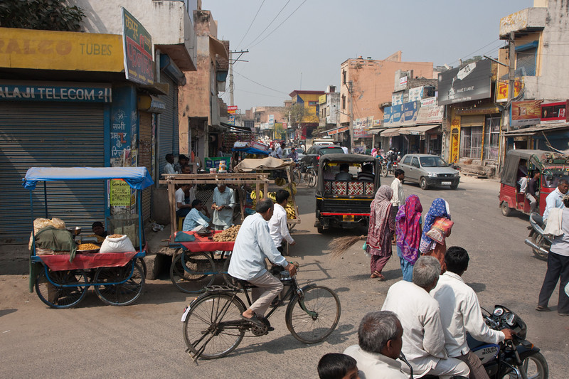 Street scene on the drive from Delhi to Bharatpur, India. <br /> March 11, 2013.