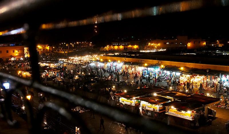 Gma el-Fna at night.