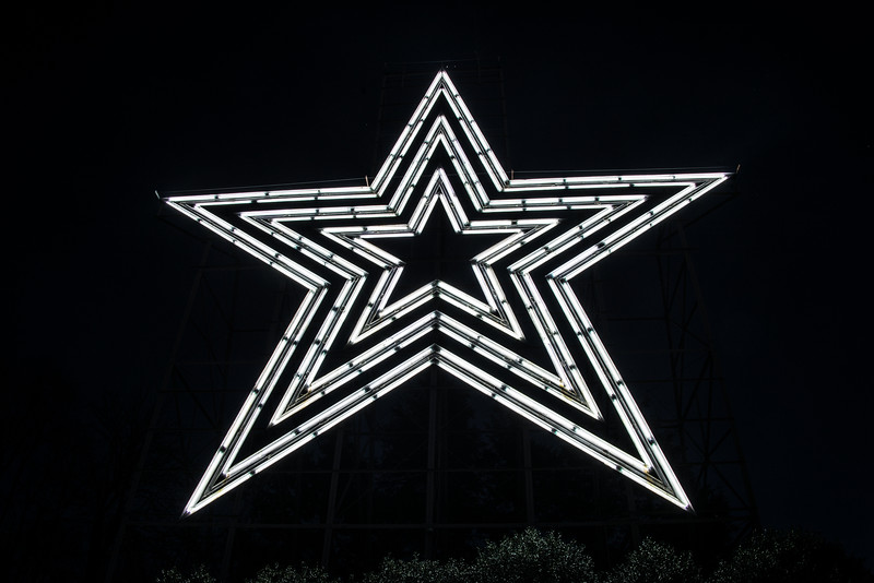 Mill Mountain Star