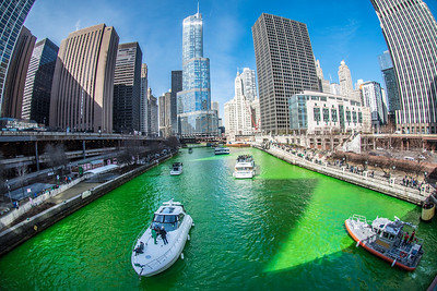 Greening of the Chicago River 2017
