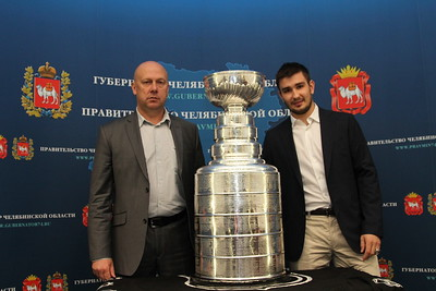Директор хоккейной школы Трактор Челябинск Вячеслав Угрюмов рассказал в интервью 74hockey.ru о Вячеславе Войнове.
