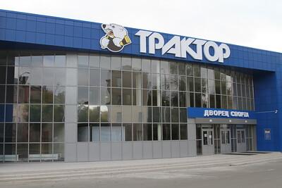 Губернатор Челябинской области Борис Дубровский поздравил хоккеистов и тренеров школы
