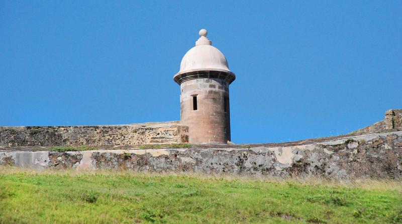 Approaching El Morro, San Juan