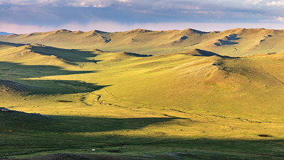 Mongolian Morning Glow