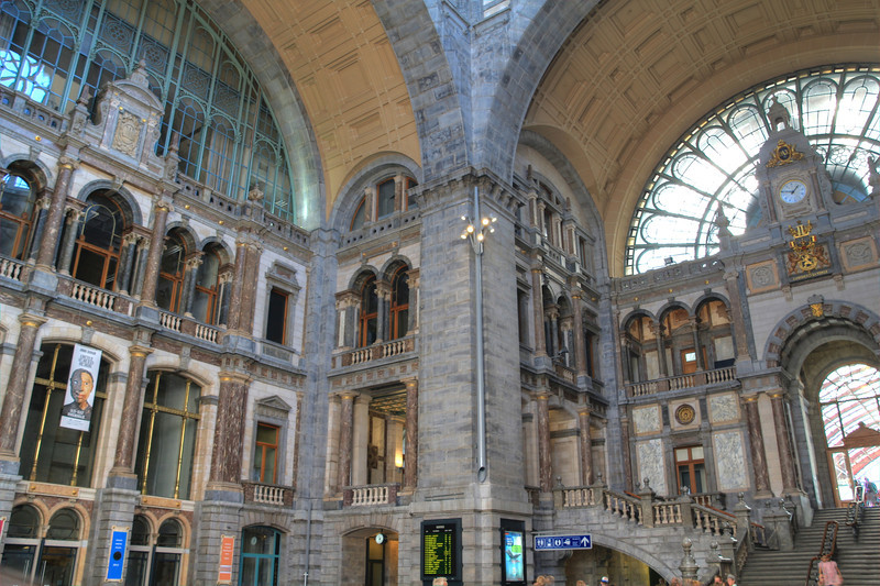 Antwerp's train station